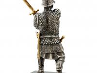 W04 воин с мечом_white_back.jpg